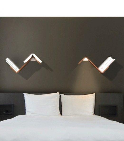 Een plank boven het bed stijlvol maken