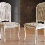 valkoiset tuolit