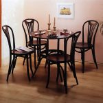 tuolit puukeittiö