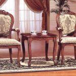 klassiset tuolit