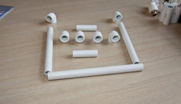 חיתוך צינורות פלסטיק
