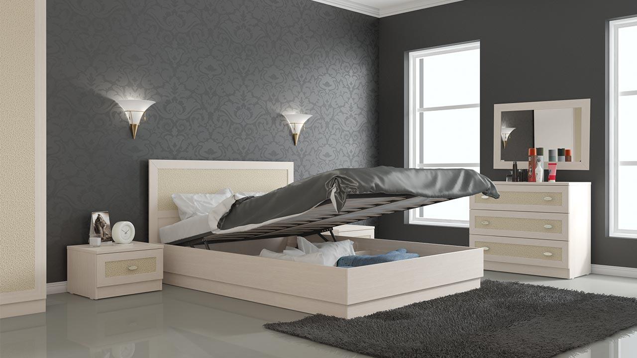 lit confortable pour l'appartement