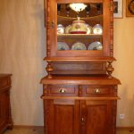 Armoires en bois pour la vaisselle