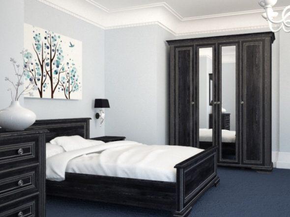 Mobilier noir à l'intérieur de la chambre