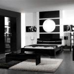 Mobilier noir à l'intérieur de la photo de la chambre