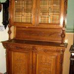 Buffet en bois antique