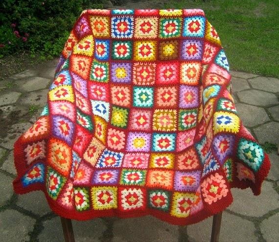 cape sur la chaise patchwork