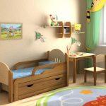 lasten sänky, jonka sivut ovat 3 vuotta