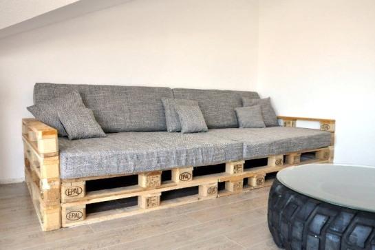 Canapés faits maison à partir de palettes
