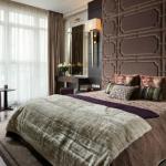 Slaapkamer met zacht hoofdeinde