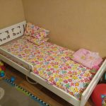 lit bébé avec côtés Ikea