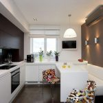 witte bank in de keuken