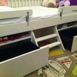 vauvan sänky puolella Ikea