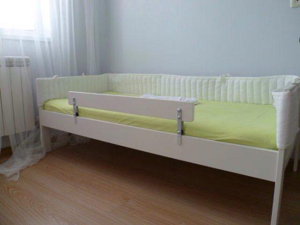 bord du lit