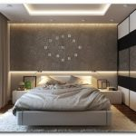muur in de slaapkamer boven het bed