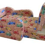 Chaise d'enfant un lit pour le garçon, une boîte à linge