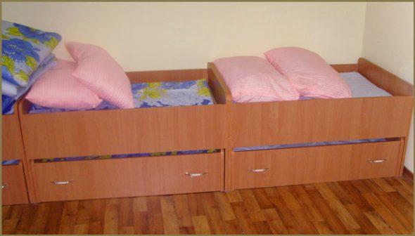 Assortiment de berceaux pour la maternelle