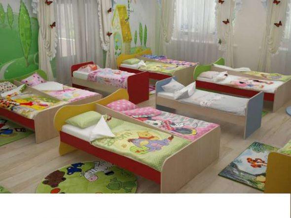 Les chambres sont équipées de lits fixes.