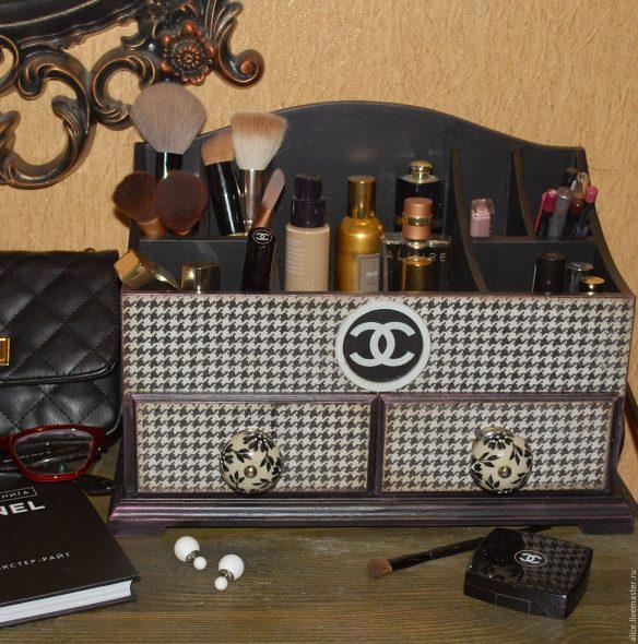 commode pour cosmétiques Chanel