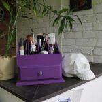 commode pour cosmétiques violet