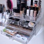 coffret de maquillage transparent