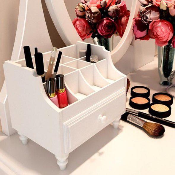 commode blanche pour cosmétiques