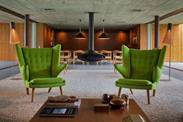 chaises anglaises vertes