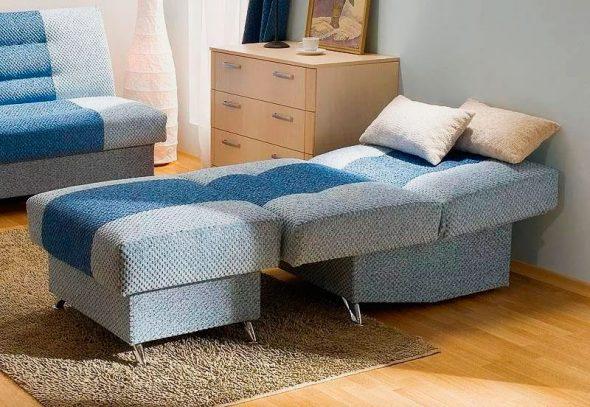 fauteuil-lit bleu