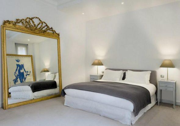 chambre avec miroir