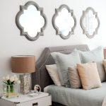 miroirs dans la chambre