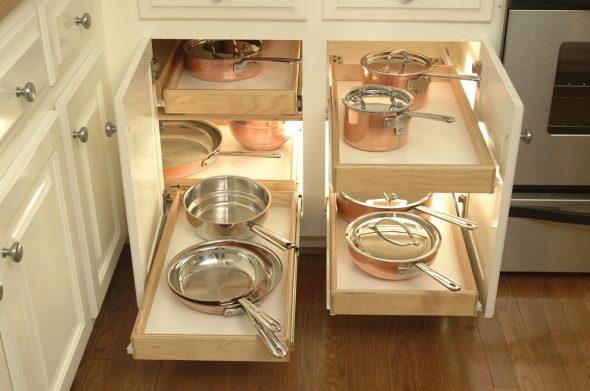 Closers en scharnieren voor keukenkasten - kwaliteitsaccessoires