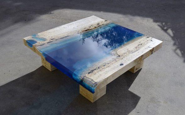 Steile tafel en epoxy en travertijn travertijn