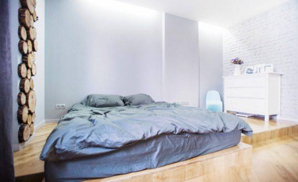 Matras op de vloer in plaats van het bed