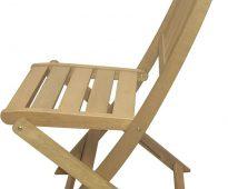 Taitettava tuoli annettavaksi