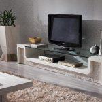 Meuble télé avec ses propres mains pour la maison