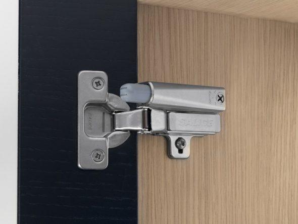 Een mechanisme kiezen voor de keuken en de installatie ervan