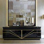 grands miroirs à l'intérieur
