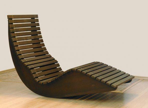 chaise en contreplaqué