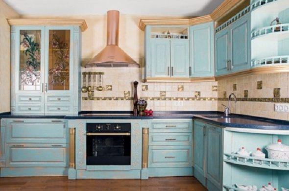 keukenmeubilair blauw met patina