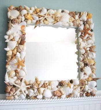 décoration du miroir avec des coquilles