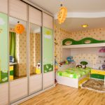 enregistrement d'une chambre d'enfants pour deux garçons