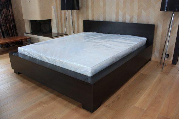 kies matras voor bedfoto