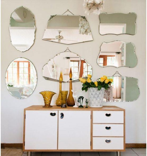 miroirs dans le couloir