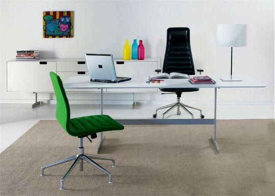 Une bonne chaise de bureau fait partie du succès de votre entreprise.