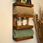 Étagère de salle de bain en bois
