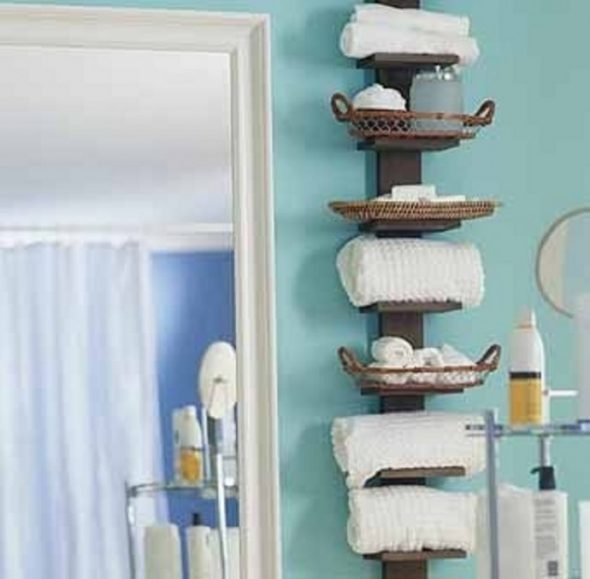 Kylpyhuoneen hylly tekee sen itse