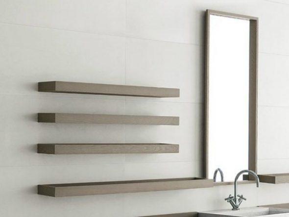 Étagère en bois pour la salle de bain faites-le vous-même