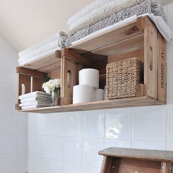 Etagères de salle de bain avec tiroirs