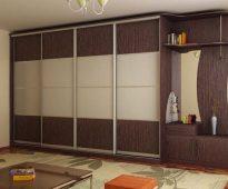 L'armoire coulissante est un mobilier universel