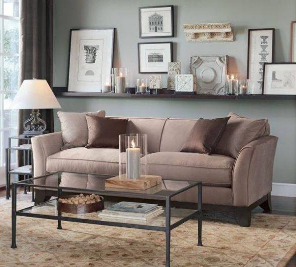 koristele seinään sohva